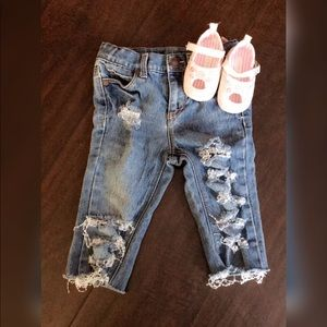 Toddler Girl Distressed Jean 👖👛2T